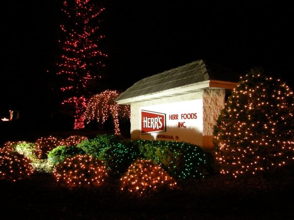 Herrs Christmas Lights 2019 8 Yummy Food Factory Tours In Pennsylvania That Belong On Your