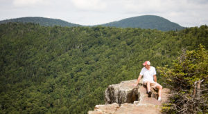 The Breathtaking Overlook In New Hampshire That Lets You See For Miles And Miles