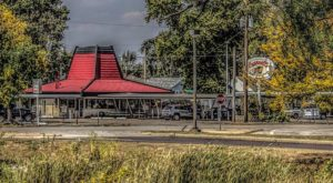 This Tiny Drive In May Just Be The Best Kept Secret In Illinois