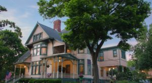 This Captivating 19th-Century Mansion In Indiana Is The Dreamiest Bed & Breakfast Ever