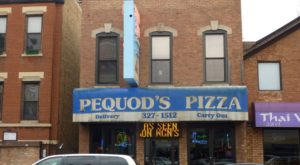 These 7 Old School Pizza Parlors In Illinois Have Been Around Forever