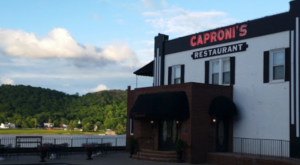 This Riverfront Restaurant In Kentucky Is Almost 100 Years Old And It's About Time To Check It Out