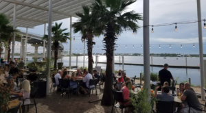 7 Outdoor Restaurants In Alabama You'll Want To Visit Before Summer Ends