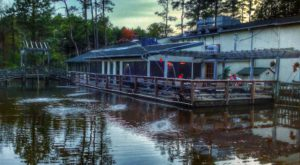 Dine Right On The Water At This Charming Seafood Restaurant In Virginia