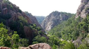 The Oklahoma Hike That Leads To The Most Unforgettable Destination