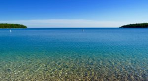 The Secret Tropical Beach In Wisconsin Where The Water Is A Mesmerizing Blue