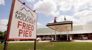 The Award-Winning Fried Pies Bakery In Oklahoma That's Known For Its Old-Fashioned Ways