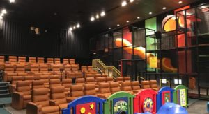 This Movie Theater In Oklahoma Has A Giant Indoor Playground And It's Every Parent's Dream