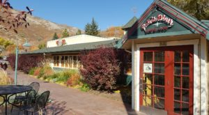 People Drive From All Over For The Biscuits At This Charming Utah Restaurant