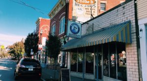 The Pies At This Historic Restaurant In Cincinnati Will Blow Your Taste Buds Away