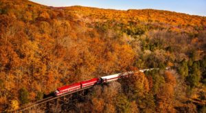 5 Ridiculously Charming Train Rides To Take In Kentucky This Fall