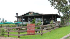 The Remote Cabin Restaurant In Hawaii That Serves Up The Most Delicious Food