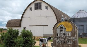There's A Delicious Steakhouse Hiding Inside This Old Iowa Barn That's Begging For A Visit
