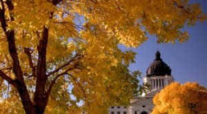 Fall Is Here And These Are The 7 Best Places To See The Changing Leaves In South Dakota