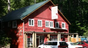 The Remote Cabin Restaurant In Washington That Serves Up The Most Delicious Food