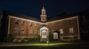 A Trip To This Haunted Asylum Near Buffalo Is Not For The Faint Of Heart