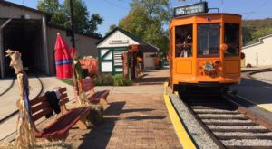 This Pumpkin Patch Trolley Near Pittsburgh Is The Perfect Start To Fall