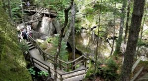 The Underrated Natural Wonder Every New Hampshirite Should See At Least Once