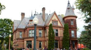 This Creepy Haunted Castle Tour In Michigan Is Not For The Faint Of Heart
