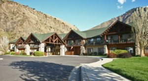 This Idaho Lodge Is Hiding At The Bottom Of A Canyon And The Views Are Spectacular