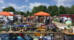 You Could Easily Spend All Day At This Enormous Cincinnati Antique Show