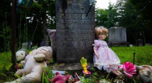 This Story Of This Haunted Cemetery In Maine Is Not For The Faint Of Heart