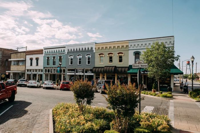 You'll Want To Visit The Arkansas Town That Was Just Voted Best Place To Live