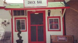 Don't Blink Or You Might Miss This Tiny, One-Table Restaurant In Small Town Mississippi