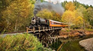 4 Ridiculously Charming Train Rides To Take In Washington This Fall