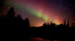Fall Is The Absolute Best Time To View The Aurora In Alaska. Here's Why.