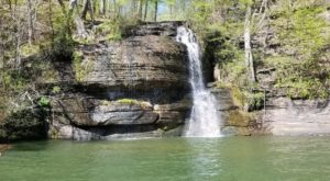 The Incredibly Beautiful Waterfall In Mississippi Many Never Knew Existed