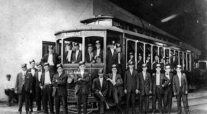 These 10 Historic Photos Of The New Orleans Streetcar Will Amaze You