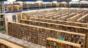 This Enormous Warehouse Of Used Books In Tennessee Will Be Your New Favorite Destination