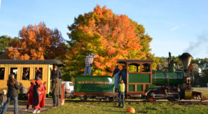 8 Ridiculously Charming Train Rides To Take In Wisconsin This Fall