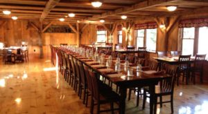 There's A Delicious Steakhouse Hiding Inside This Old New Hampshire Barn That's Begging For A Visit