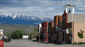 Here Are The 8 Best Mountain Towns In Montana You Can Actually Afford To Live In