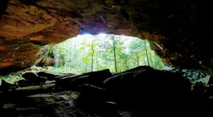You'll Never Forget A Hike Through This Kentucky Cave