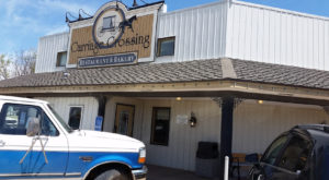 The World's Freshest Cinnamon Rolls Are Tucked Away Inside This Hidden Kansas Restaurant