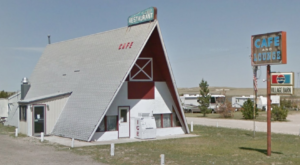 There's A Delicious Cafe Hiding Inside This Old Nebraska Barn That's Begging For A Visit