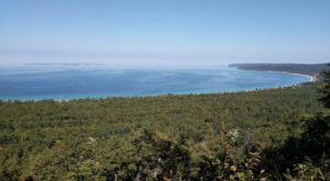 The Hilltop Hike In Michigan That Will Lead You Straight To A Spectacular View