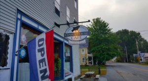 The Pies At This Historic Restaurant In Vermont Will Blow Your Taste Buds Away