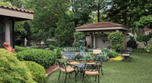 You'll Swear You're In Italy When You Dine At This Elegant Michigan Restaurant