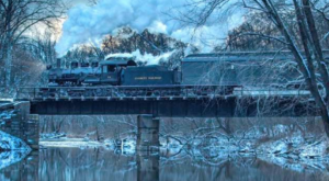 This Santa-Themed Train Ride Through Pennsylvania Will Put You In The Holiday Spirit