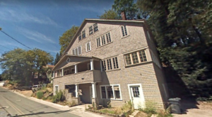 This Old Funeral Home In Northern California Is Now A Haunted House And One Visit Will Give You Nightmares