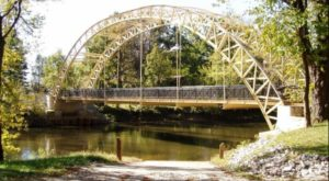 The Untold Story Of This Historic Old Bridge In Indiana Is A Little-Known Legend