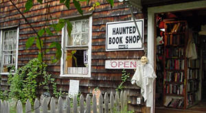 You'll Love Everything About This Haunted Bookshop In Connecticut