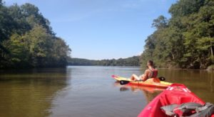Before Summer Comes To An End, Take This Aquatic Trail On Missouri's Largest Lake