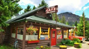 These 5 Cabin Restaurants In Montana Serve Mouthwatering Meals In Comfort