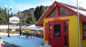 This Tiny Mountain Town In New Mexico Is Full Of Unassuming Delicious Restaurants
