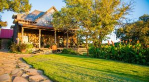 Escape To Another Century At This Secluded B&B In The Western Plains Of Oklahoma